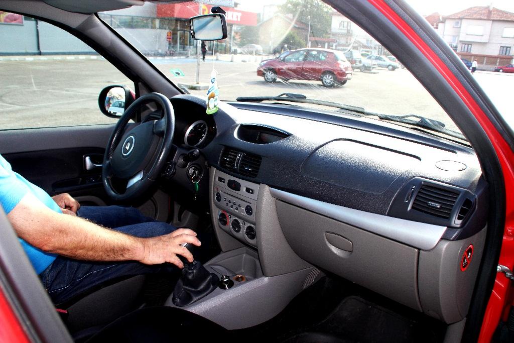 Renault Thalia 2011- manual economy-2