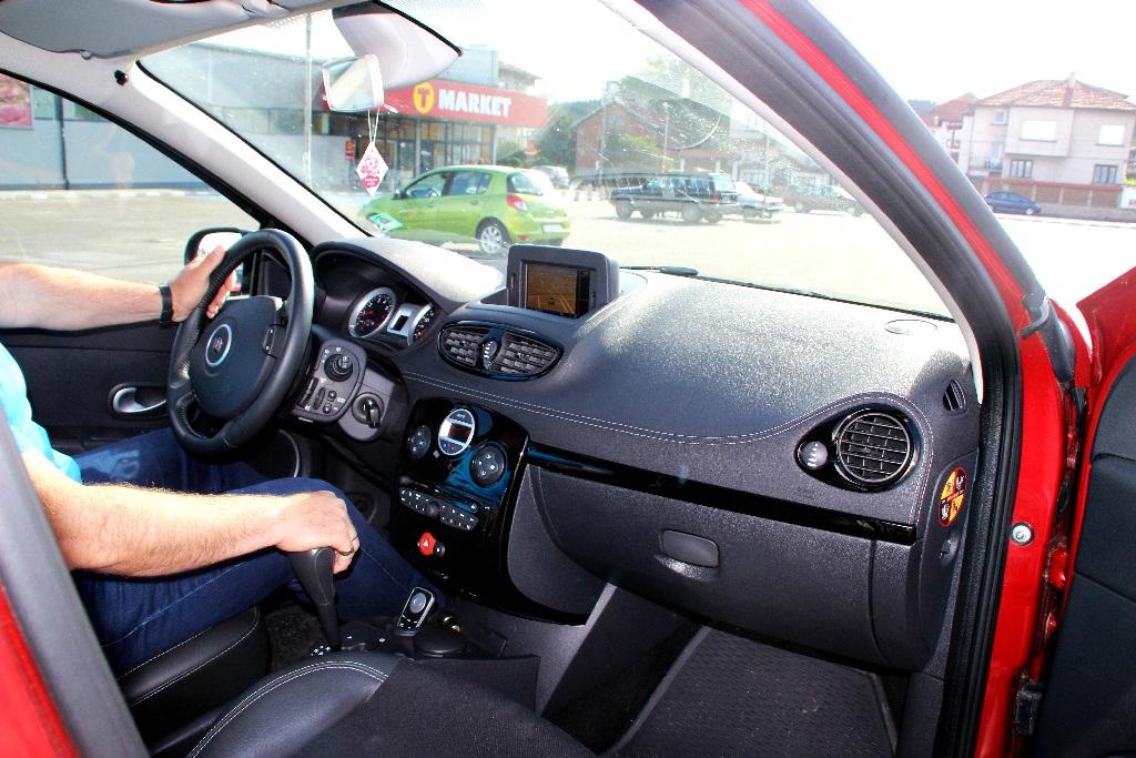 Renault Clio 2012 – automat economy-2